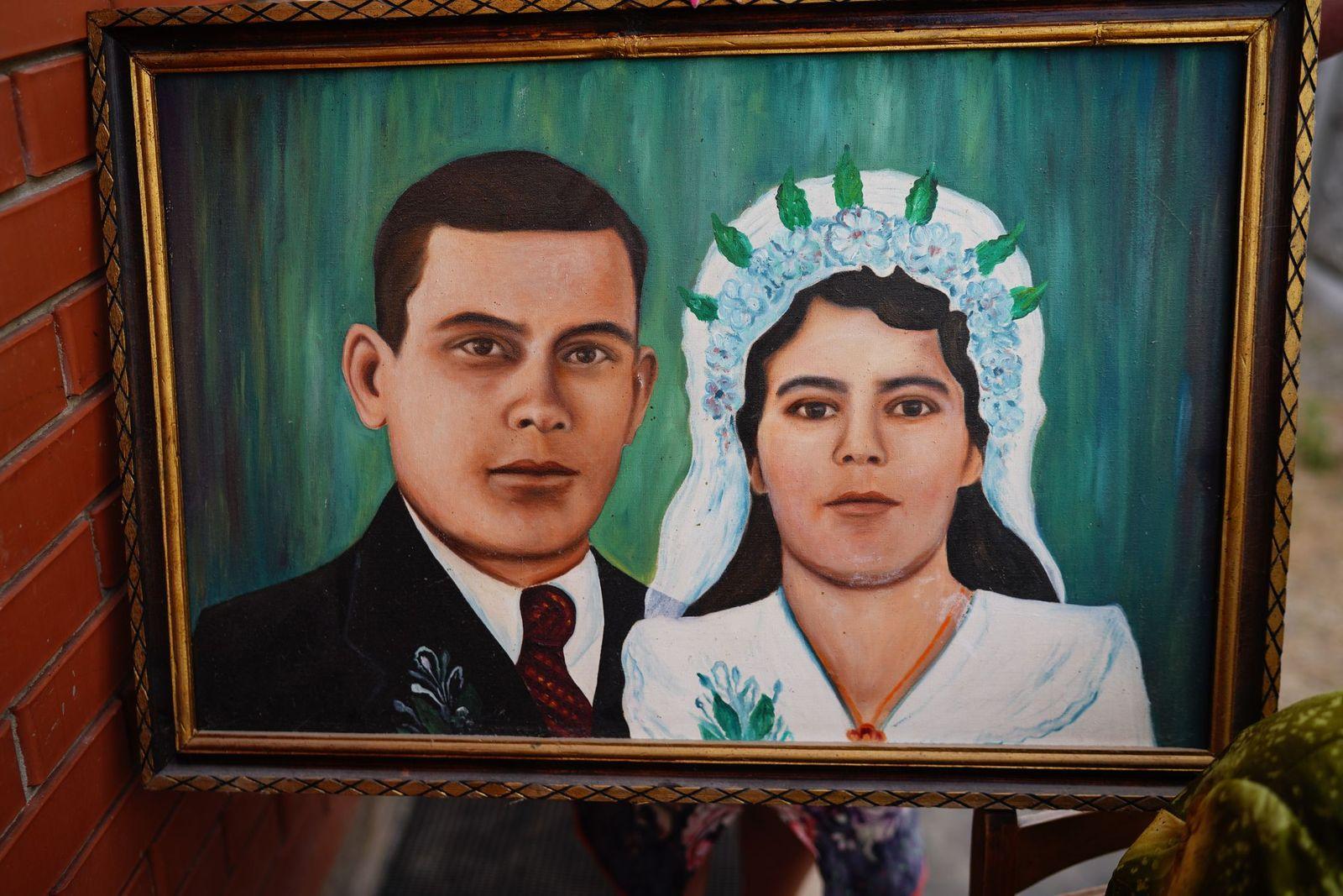 Весільне фото родини Корольових